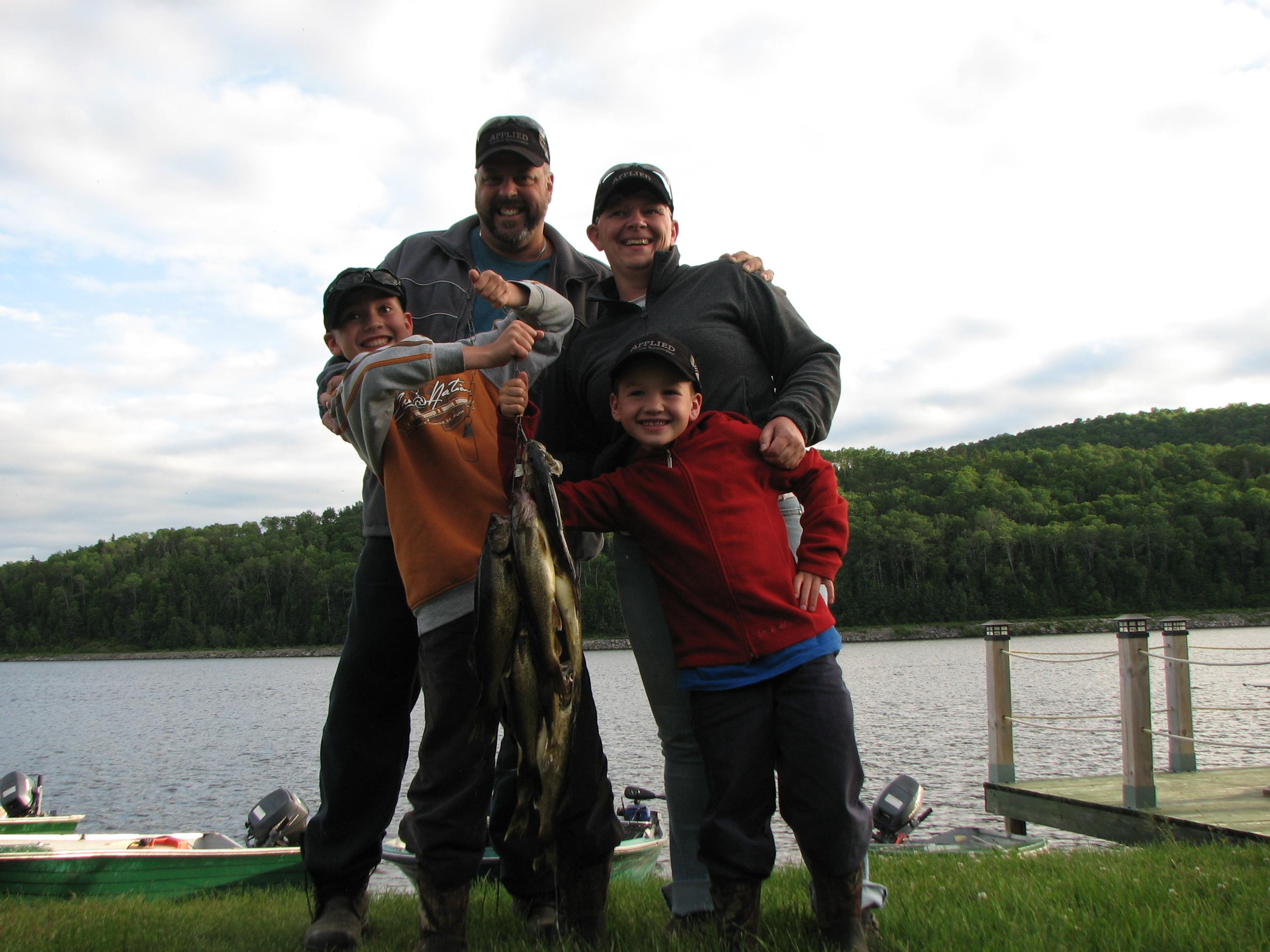 Fishing family at Windigo Outfitter
